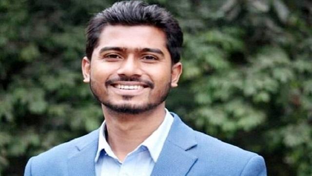 'দুশ্চরিত্রাহীন' বলার মামলা থেকে নুরকে অব্যাহতি
